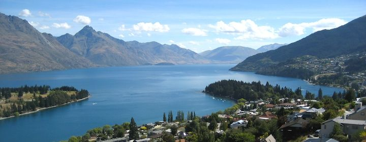 A budget travel guide for backpackers and budget travelers for New Zealand with things to do, places to see, costs, and money saving tips.