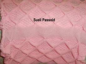 Idade: 3 a 6 meses Material: 230gr lã industrial usado 2 juntos na cor rosa Cartela n 3 da Lanofix ( TUCK – Elgin) (Recoger – Lanofix) Reg....