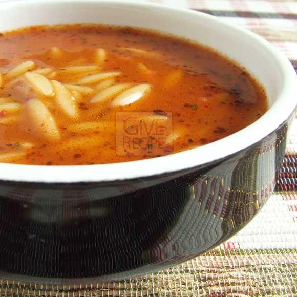 DOMATESLİ ŞEHRİYE ÇORBASI - Orzo soup with tomato sauce | giverecipe.com | #orzo #soup
