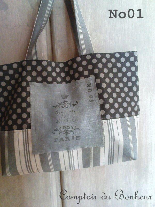 Modèle de sac deux tissus et un motif imprimé                                                                                                                                                                                 Plus