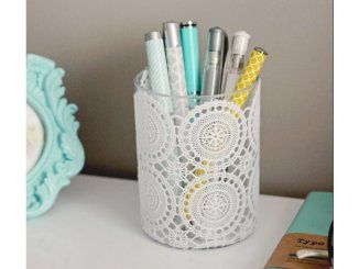 Fournitures scolaires personnalisées : un pot à crayons à fine dentelle
