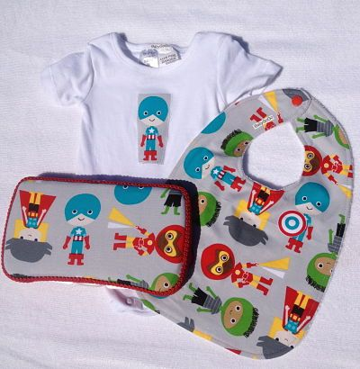 Boys Super Hero Gift Set-3 items-boys super hero gift set bib baby wipe case shortsleeve onesie great baby shower gift