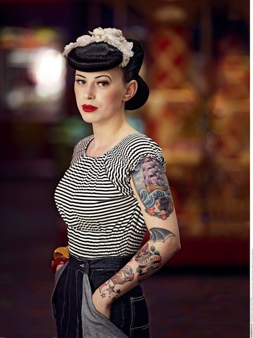 154 best tattoo pinup 50 39 s hairdresser look images on pinterest costumes cute hairstyles and. Black Bedroom Furniture Sets. Home Design Ideas