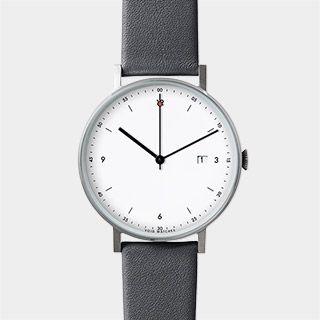 スウェーデンと韓国のバックグラウンドを持つデザイナー パトリック・キム=グスタフソンによるVOIDの新作腕時計。シンプルでスリム、プレーンなデザインがギフトに喜ばれそうなアイテムです。秒針の先にある赤いドットが特徴。日付表示機能付。