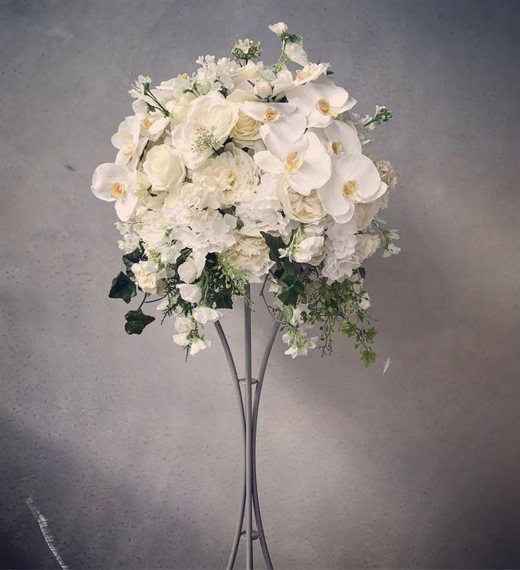 Best 25 Cheap Wedding Reception Ideas On Pinterest: Best 25+ Inexpensive Wedding Centerpieces Ideas On