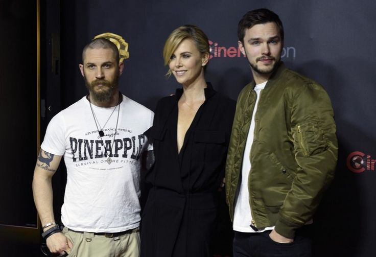 TH0040C - CinemaCon 2015 / Tom Hardy, Nicholas Hoult & Charlize Theron at CinemaCon 2015 - Las Vegas, April 21, 2015