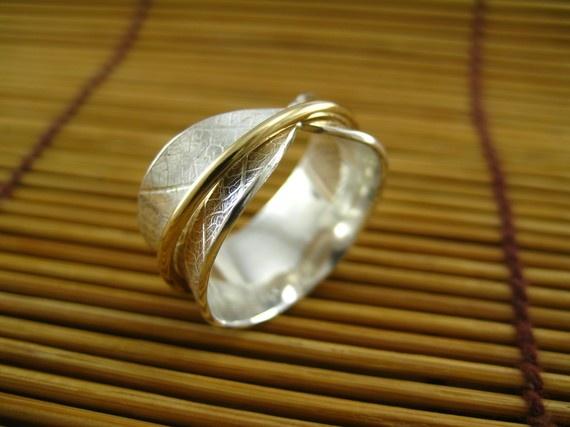 Leaf Spinner Ring