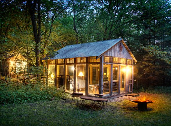 I would love to reserve The Glass House in Wisconsin