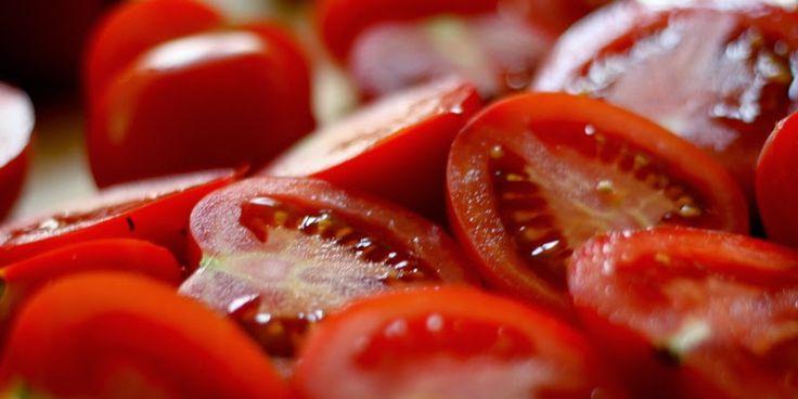 U nás na kopečku: ...domácí sušená rajčata ...