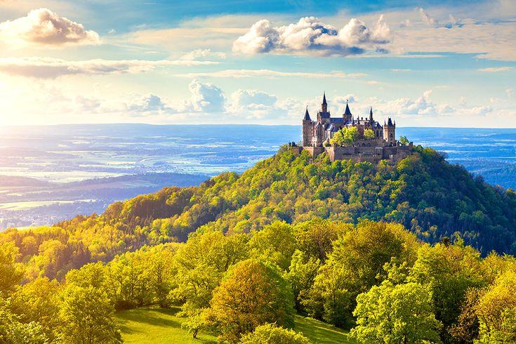 Burg Hohenzollern i Tyskland #burg #hohenzollern #burghohenzollern #slott #castle #tyskland #germany
