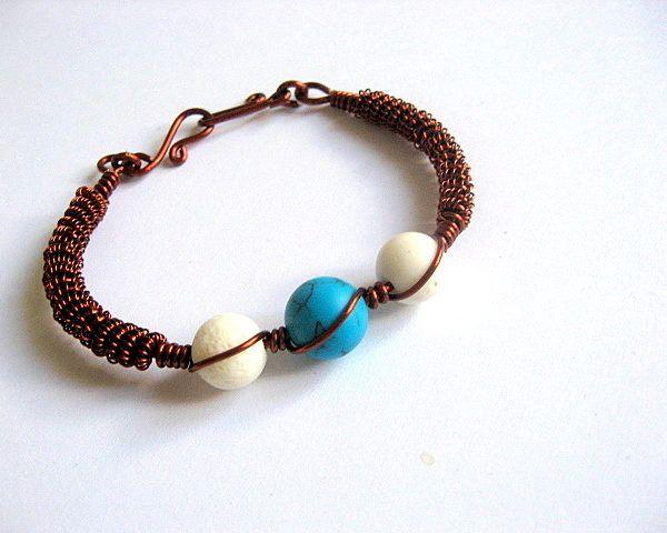 Sarma cupru, turcoaz albastru deschis / blue si coral alb, bratara femei - idei cadouri femei