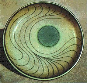 Harrison McIntosh, USA, Plate, 1978    Stoneware Plate with Sgraffito design