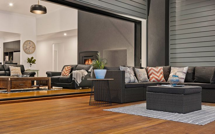Why Scyon Linea weatherboards are the builder's choice for Queenslander homes. | Case Studies