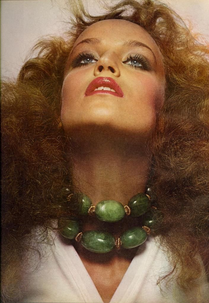 MUSE Jerry Hall by MASTER by Irving Penn, 1975#masterandmuse #ambervalletta #yoox