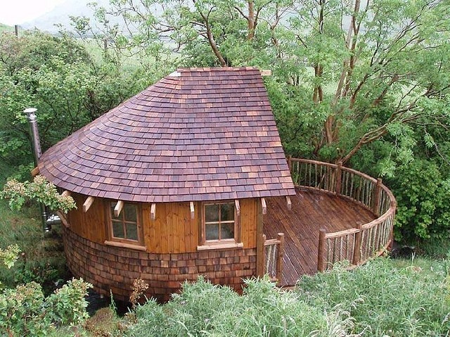 Boat shaped tree house   By tree house company on Flickr