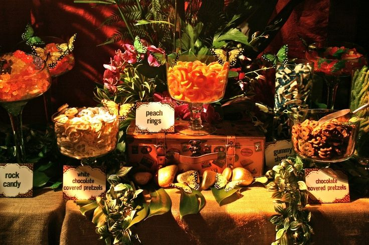 Safari Buffet Tablescape