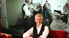 Ellen's Favorite Moments: Dennis Quaid is Here! - The Ellen DeGeneres Show