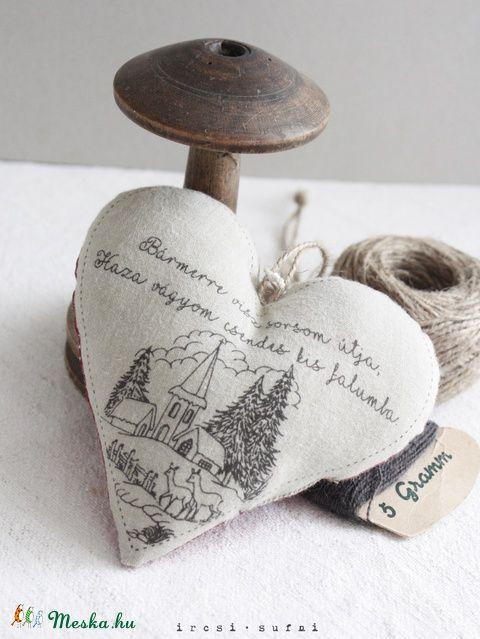 Vidéki romantika szív, Dekoráció, Otthon, lakberendezés, Meska #sewing #heart #country #countryside #homedecor