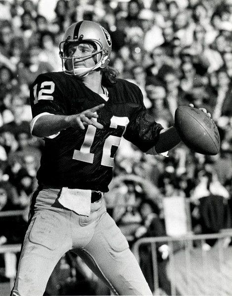 Raider quarterback Ken Stabler in 1972. (Ron Riesterer/ Oakland Tribune Archives)