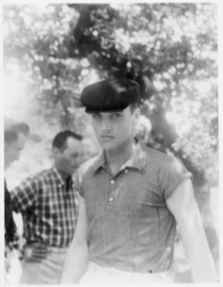 RARITY - When it comes to Elvis Presley, US American Elvis photo archivist and collector Robert Klein has one of the best photo archives there is. This is his favorite picture of Elvis which was taken in Waco, TX outside Eddie Fadal's home in (probably July) 1958. Elvis was stationed at Fort Hood, TX at the time. Listen to an interview with Robert Klein here: https://www.facebook.com/CTVNewsChannel/videos/1517967798264546/?fref=gs&hc_location=group