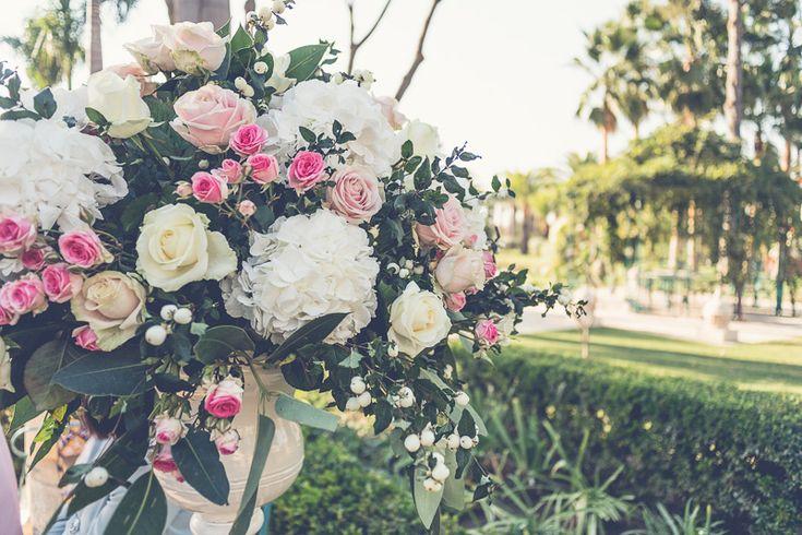Pale Bouquet Centro de flores en tonos pastel