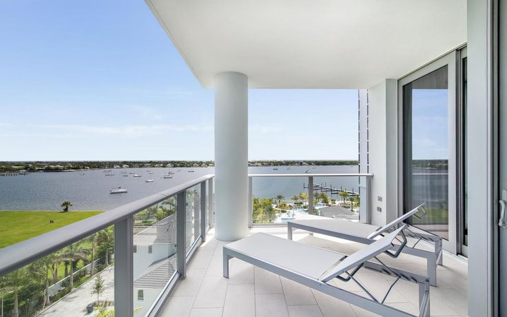 Water Club located in North Palm Beach, Florida is a newly constructed luxury condominium community.