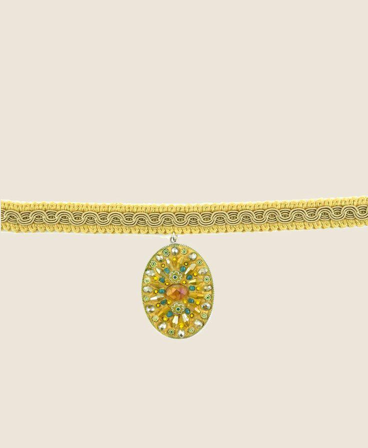 Collana con pendente in mosaico disegnata da Dusciana Bravura