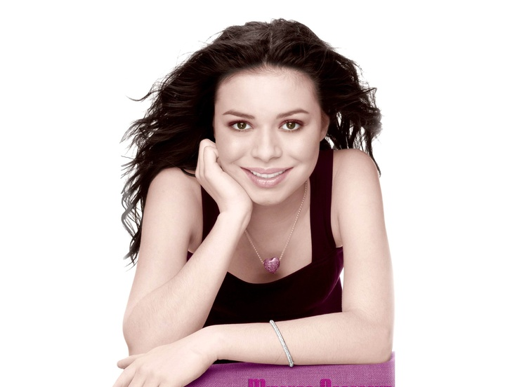 Miranda Cosgrove icarly HD Wallpapers. Download Miranda Cosgrove icarly Desktop Background Widescreen Photos Pictures Images with High Quality Resolutions.
