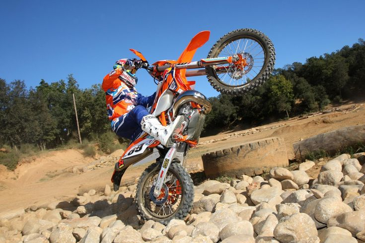 KTM hard enduro rider Alfredo Gómez reveals how to tune your bike, body and even what pants to wear.