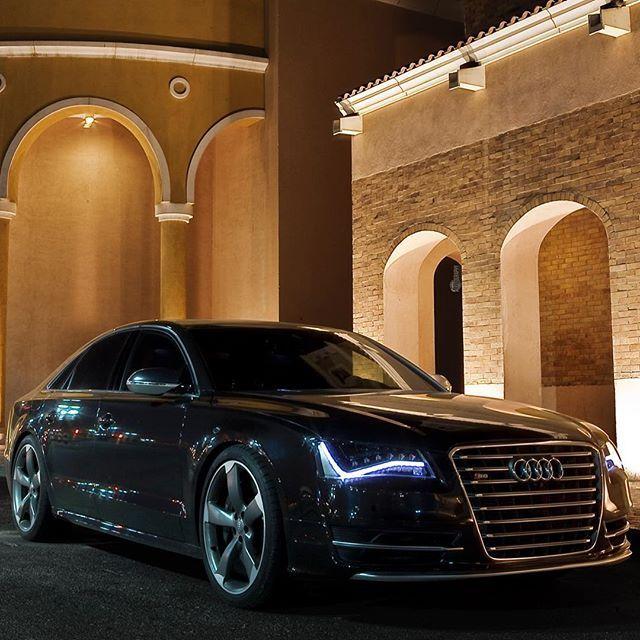Audi S8!
