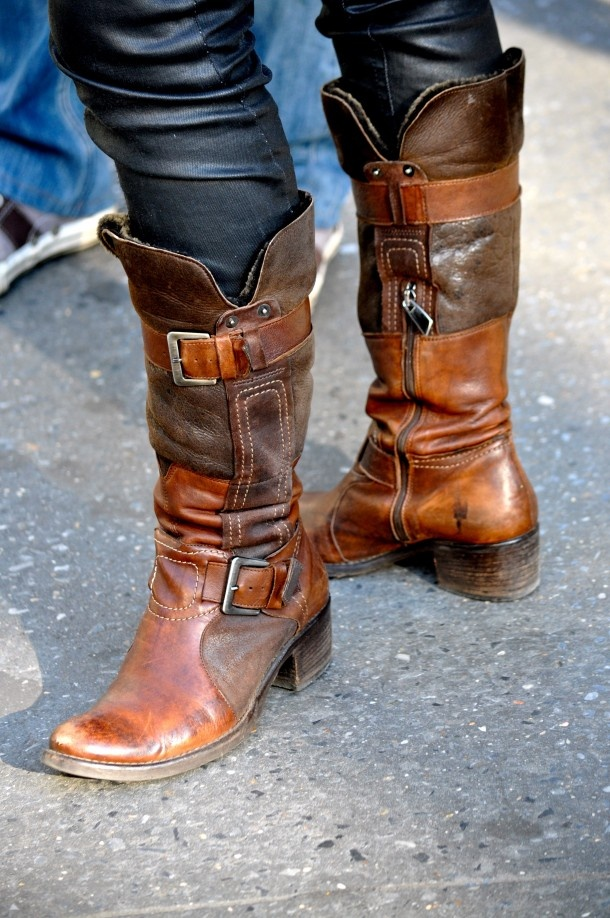 Irish Riding Boots.......WAAAAANNNT! Every Irish gypsy NEEDS a pair of these!!!! You in Cheryl?