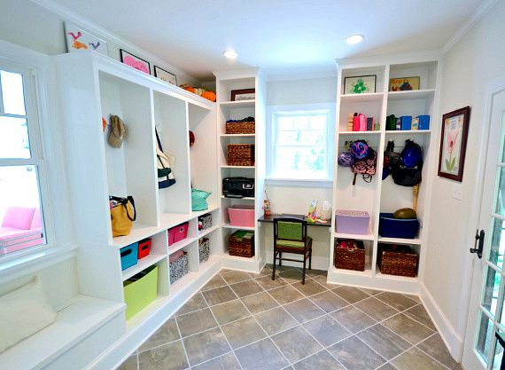 This pic is how I want to do the mudroom. I want 25+ and Ideas to Organize Your Home