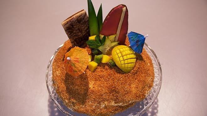 Rudolph's Bakery | bakpapier. Verdeel de massa over de bakvorm en bak de kokosbodem in circa 25 minuten goudbruin en gaar. MangocrèmeWeek de gelatine in koud water....