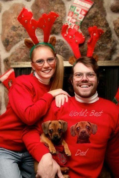 awkward family photos christmas card couple with dog