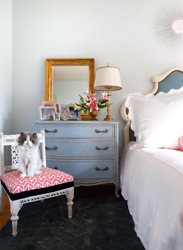 Amazing Bedside Dresser