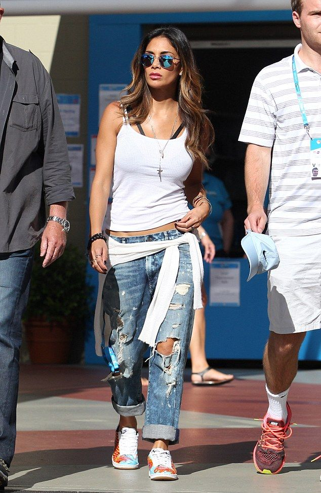 Showing her support: Nicole Scherzinger worked off-duty style with ease as she teamed a pl...