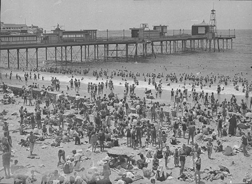 Coogee Pier, New South Wales, Australia, 1928 // source: State Library of New South Wales