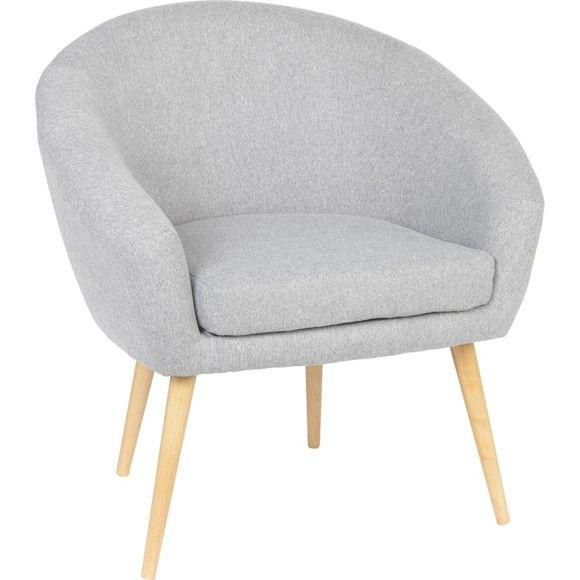 Dieser Sessel von CARRYHOME setzt mit seinem Vintage-Stil chice Akzente in Ihren vier Wänden. Die auffälligen, runden Füße aus massiver Buche sind ein echter Hingucker. Der Bezug in hellem Grau fügt sich perfekt in Ihr stilvolles Wohnkonzept ein. Dank Schaumstoff-Polsterung mit Nosagunterfederung profitieren Sie von bestem Komfort. Gönnen Sie sich ein spannendes Buch und machen Sie es sich in diesem Sessel bequem!