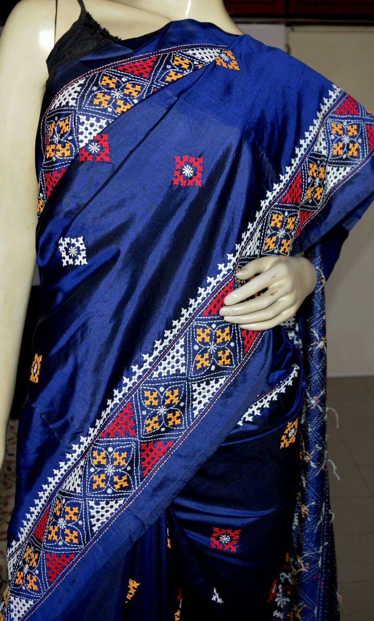 NO. 1071 HAND EMBROIDERED GUJRATI/SINDHI WORK ON PURE SILK SAREE RS 6800 from shayeri