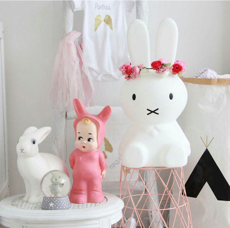 Bunnies in Kids Interiors - décor, wallpaper, decals, plushtoys..