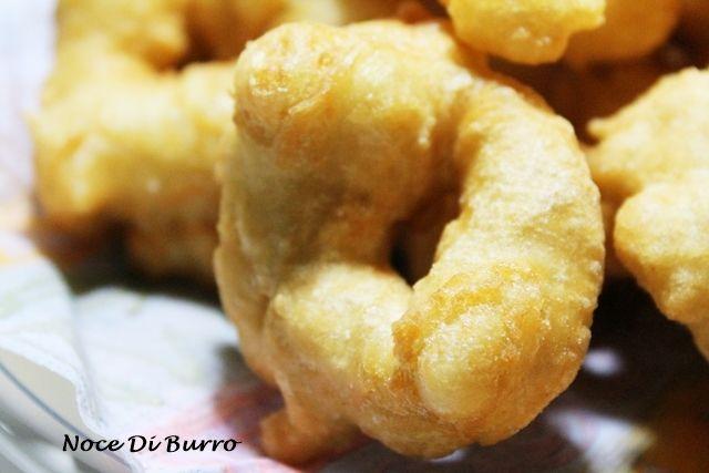 Pettole, ricetta della tradizione Noce Di Burro