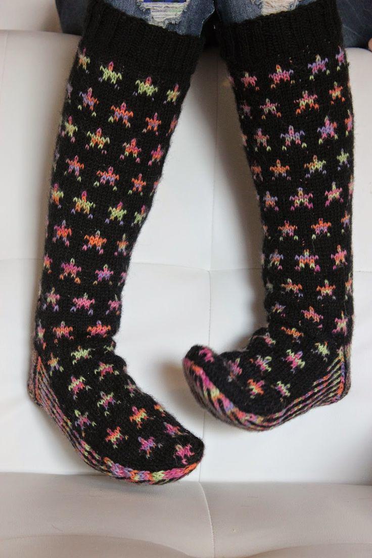 Neulotut villasukat / Knitted woolsocks