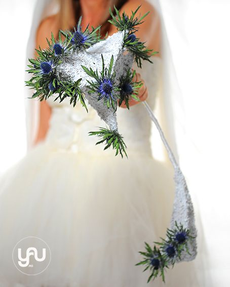 Winter bouquet_ published in International Floral Art 12-13_floral design: Elena Madalina TOADER, foto: Sebastian Moise, model: Alinda Banica http://blog.yau.ro/ #internationalfloralart #floralart #floraldesign #design #art #wedding #wedding bouquet #bouquet #elenatoader #winter #winterbouquet #wedding #weddingbouquet #modernflowers #modernbouquet