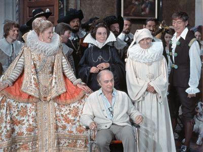 Louis de Funès, Yves Montand et Alice Sapritch : La Folie des grandeurs, 1971 Photographie par Marcel Dole
