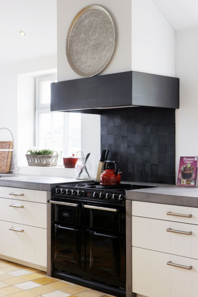 25 beste idee n over tijdloze keuken op pinterest spoelbakken droomkeukens en keukenkasten - Kleine keukenstudio ...