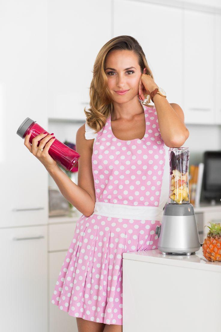 Beautiful and stylish Cookinesi aprons... Buy online...  #apron #kitchenapron #Schürze #Kochschürze #fashion #Mode #kitchenfashion #onlineshop