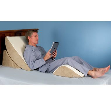 The Pain Relieving Wedge Pillow System - Hammacher Schlemmer