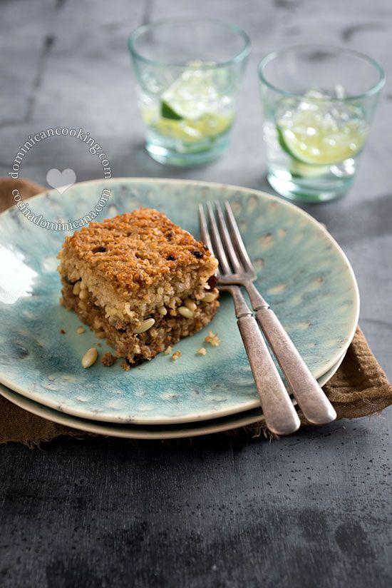 Kipe (Kibbeh) Horneado   Más ligero que el kipe (quipe) frito tradicional, este tiene, en mi opinión, mucho más sabor y una textura más compleja.