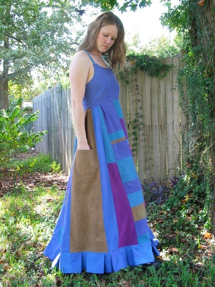http://www.artfire.com/ext/shop/product_view/peacebirdstudio/2021611/hand_dyed_hemp_hippie_patchwork_dress_festival_dancin__39__sundress/handmade/earth_friendly/clothing/dresses___skirts