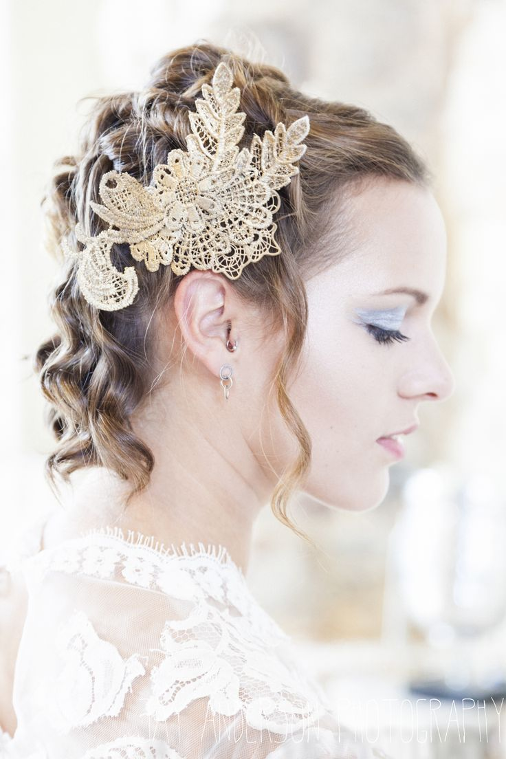 Wedding hair accessories gloucestershire - Beverley Edmondson Millinery Gold Lace Bridal Headpiece Jay Anderson Fine Art Photography Game Of